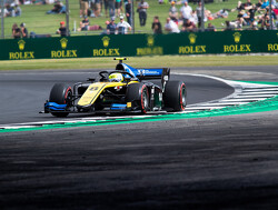 Feature Race: Ghiotto takes victory after close Latifi battle