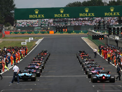 Carey asserts F1 not after 'gimmicks' in talks over reverse grid races