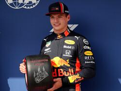 """Sainz: """"Verstappen rijdt momenteel bijna beter dan Hamilton"""""""