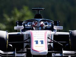 Vierde startpositie voor De Vries bij hoofdrace, Ilott pakt pole position