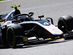 Qualifying:  De Vries claims pole for Feature Race