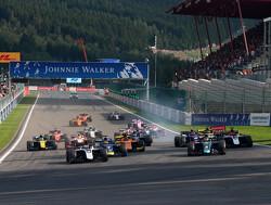 Feature Race:  Feature race cancelled after lap 2 crash