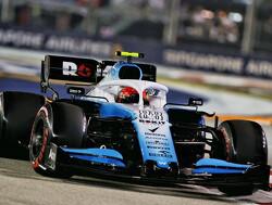 Robert Kubica reed Grand Prix van Singapore met pijnlijke schouderblessure