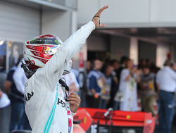 "Lewis Hamilton: ""De Ferrari-bolide is gebouwd op Vettel, niet op Leclerc"""