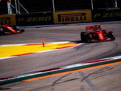 "Jacques Villeneuve: ""Karma heeft Ferrari gestraft in Rusland"""