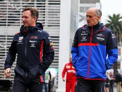 """Franz Tost: """"Max Verstappen naast je hebben is frustrerend"""""""