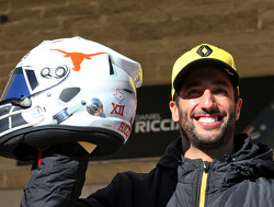 Ricciardo unveils special helmet design for US GP