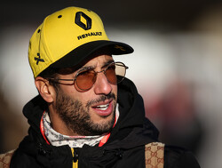 Midfield battle 'tight and sometimes frustrating' - Ricciardo