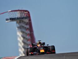 Max Verstappen scheldend op de boordradio na incident met Lewis Hamilton