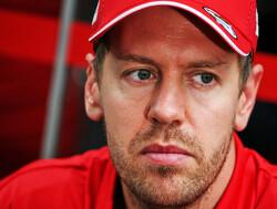 """Eddie Jordan: """"Als ik Aston Martin was zou ik die oude Vettel niet contracteren"""""""
