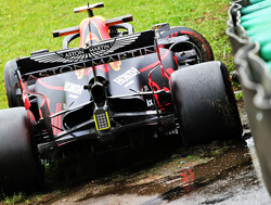 Watch Albon crash out of FP1 in Brazil