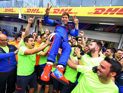 Prachtige emotie bij Toro Rosso na podiumplaats Gasly in Brazilië