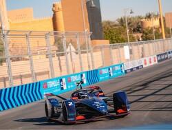 Frijns en De Vries vijfde en zesde in eerste race Formule E-seizoen, Bird wint