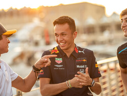 Albon crowned Rookie of the Year at FIA gala