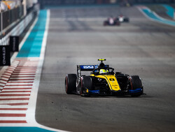 Sprint Race:  Ghiotto powers to victory in final F2 race of the season