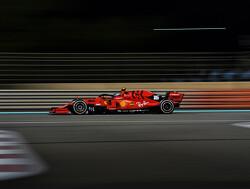 Ferrari presenteert nieuwe auto in Valli-theater in Reggio Emilia