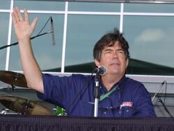 Long-serving race commentator Bob Varsha battling cancer