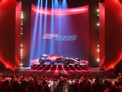 Foto's: De nieuwe Ferrari-bolide van Sebastian Vettel en Charles Leclerc