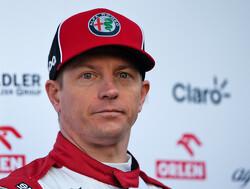 """Beat Zehnder: """"Kimi Raikkonen leest contracten nooit door"""""""