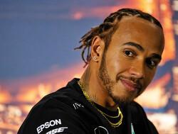 """Wolff waarschuwt Hamilton: """"Komende races geen strafpunten voor superlicentie want Verstappen jaagt op ons"""""""