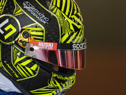 Drivers permitted to change helmet liveries between races