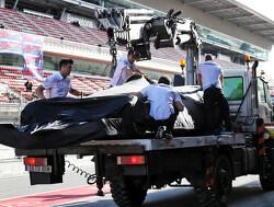 Zorgen bij Mercedes - Team vervangt motor opnieuw voor laatste testdag
