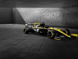 Renault stelt Ian Poulter en Guanyu Zhou aan als coureurs voor eerste online race