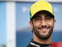 Daniel Ricciardo rijdt 115 ronden op eerste testdag met Renault in Oostenrijk