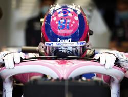 De seatfitting van Lance Stroll bij Aston Martin F1 Team