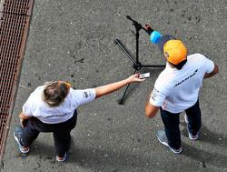 """Carlos Sainz: """"Verwacht dat ik pas in 2022 met Ferrari races kan winnen"""""""