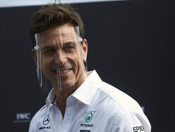 """Eddie Jordan: """"Ik zou Toto Wolff adviseren weg te gaan bij Mercedes"""""""