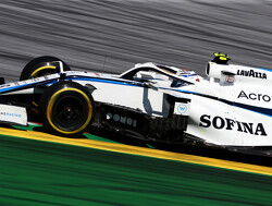Williams moet Mercedes-motor van George Russell vervangen