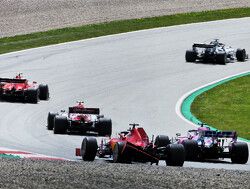 "Flavio Briatore: ""Ferrari had Charles Leclerc een boete moeten geven"""