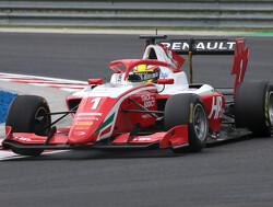 Sprint Race:  Piastri takes victory ahead of Peroni and Nannini