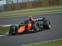 Qualifying: Drugovich beats Ilott to first F2 pole position