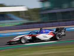 Line-up van Hitech GP rond met komst van Roman Stanek