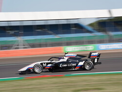 Sprint Race:  Smolyar holds off Beckmann to take first F3 victory