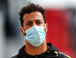 Ricciardo 'happy all weekend' with Renault pace