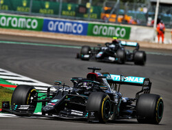 British GP: Hamilton wins at Silverstone despite last lap puncture