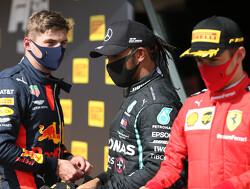 """Charles Leclerc over rivaliteit met Max Verstappen: """"Als we de helm opzetten, keert de rivaliteit terug"""""""