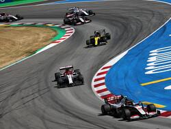Kimi Raikkonen toont aan dat zijn Alfa Romeo beetje bij beetje iets sneller wordt