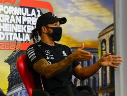 Kwalificatie GP Italië: Hamilton pakt pole, Max Verstappen vijfde