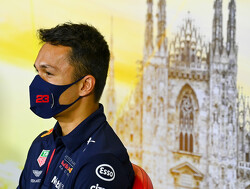 Red Bull geeft toe te kijken naar Perez en Hulkenberg om Albon te vervangen