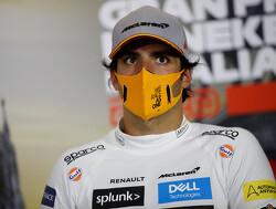 """Carlos Sainz wordt tweede: """"We waren zó  dichtbij, maar ik ben heel erg blij"""""""