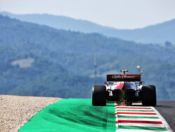 Twelve drivers warned over Tuscan GP pile-up
