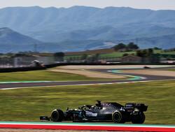 VT2 Grand Prix van Toscane: Max Verstappen achter Mercedessen in tumultueuze training: crash en aanrijding