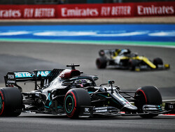 Mercedes over flitsende herstart Hamilton: ''DAS speelde een belangrijke rol''