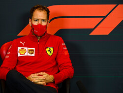 """Sebastian Vettel over verschil met teamgenoot: """"Probeer te begrijpen wat er fout gaat"""""""