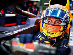 Red Bull geeft Albon tot laatste race om stoeltje te behouden
