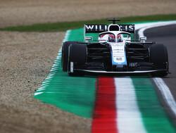Hamilton neemt Russell in bescherming na crash achter Safety Car